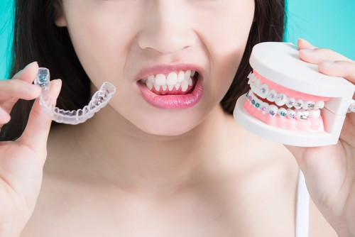 How Effective are Invisible Braces vs Traditional Braces?