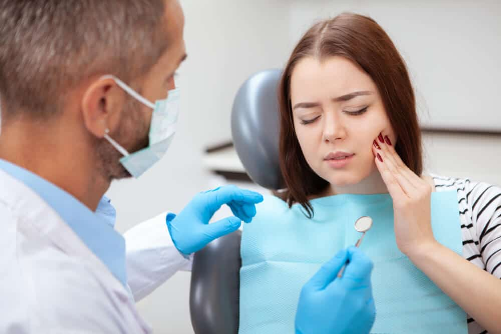 Common Dental Emergencies and How to Avoid Them